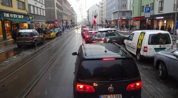 Det må være et politisk mål å få biltrafikken ned
