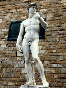 Michelangelo_david_ext