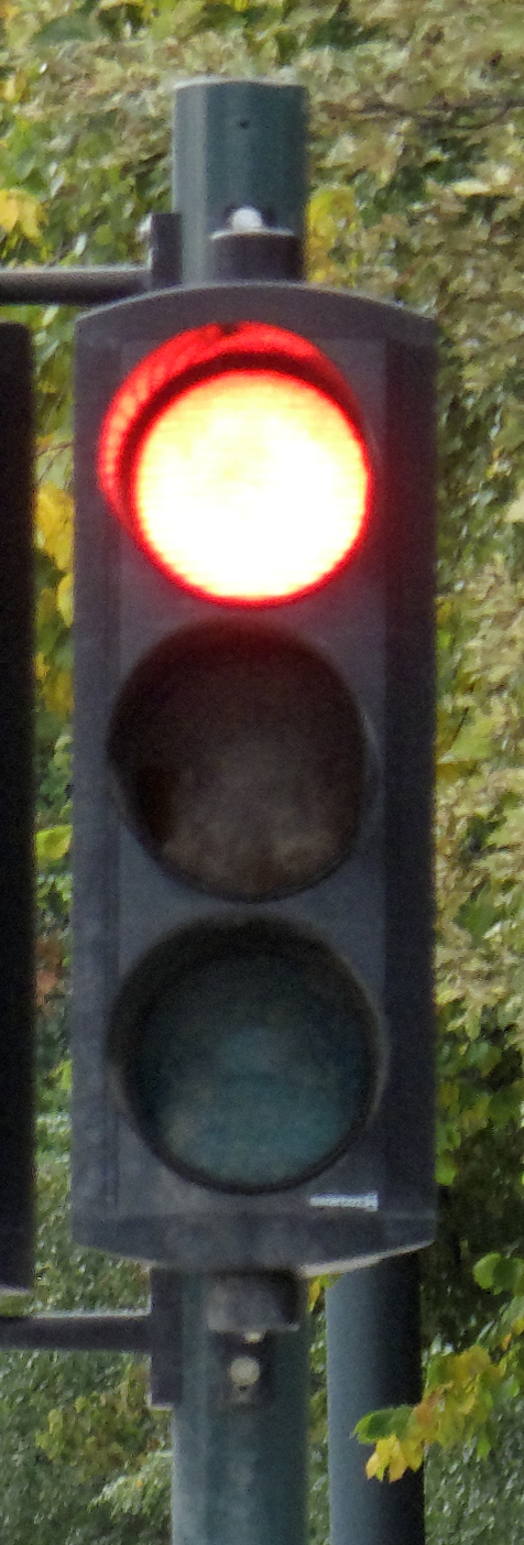 Blindsoner: Om når man bør sykle på rødt av hensyn til egen sikkerhet. Nødrett