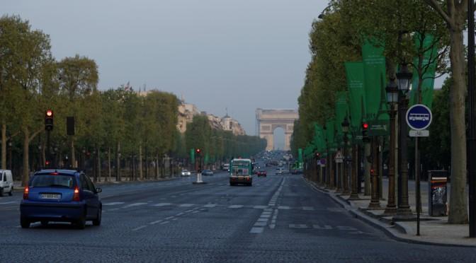Sven Egil Omdal: Paris, en veiviser