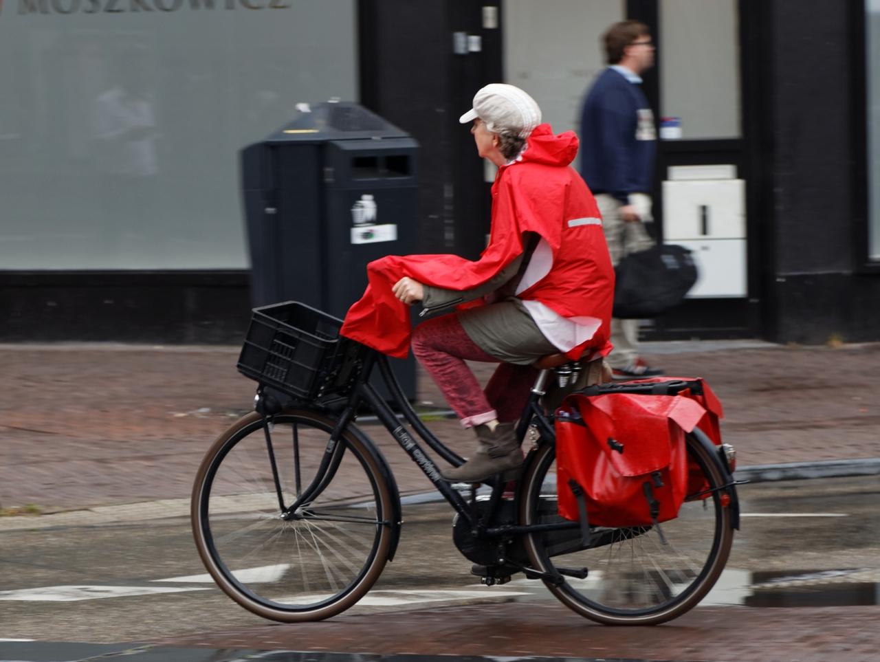 Syklist regncape Utrecht