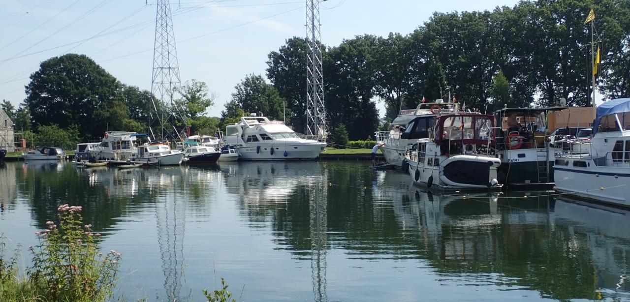 Båter, kanal