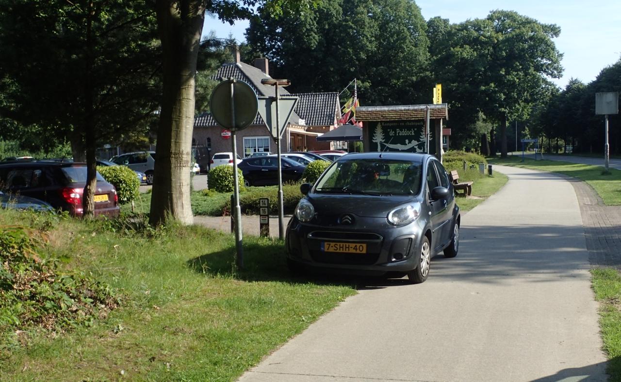 Bil i sykkelvei, Nederland