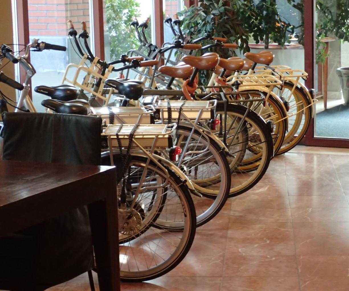 Golden Tulip, Breda, sykler