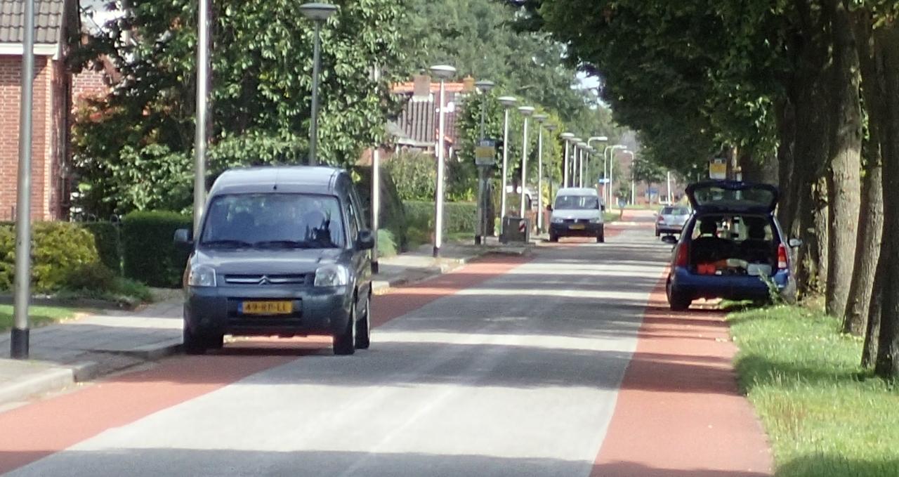 Biler i sykkelfelt, Nederland