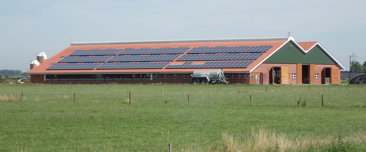 Låve med solceller