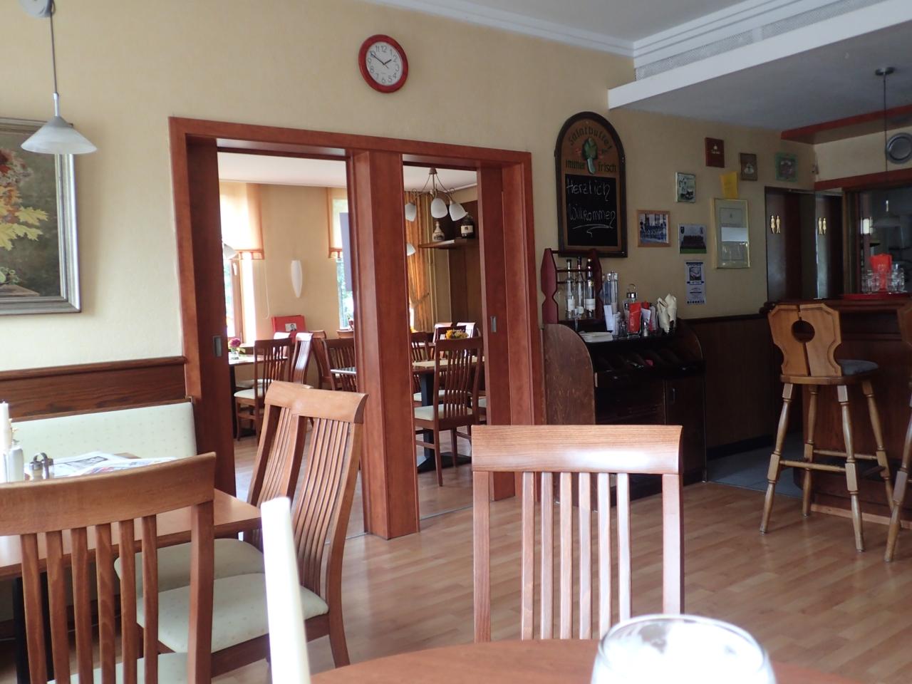 Tarmstedt, restaurant, inne