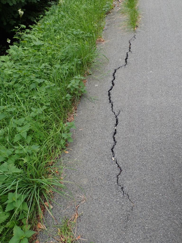 Sykkelvei, langsgående sprekk