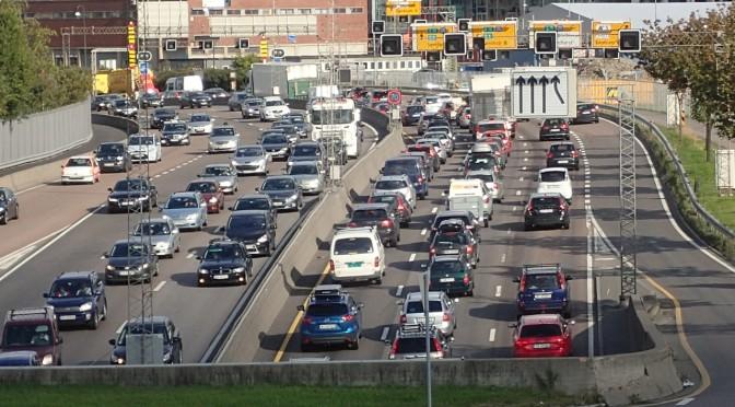 Grønn skattekommisjon feiger ut om arbeidsgiverbetalt parkering